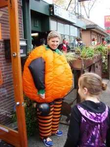 halloween-2013-pumpkin-costume
